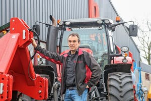 Theo van de Laar is mede-eigenaar van Buts Meulepas in Oss. Het mechanisatiebedrijf combineert de regionale dealerschappen en handel met eigen productie van het merk Goudland.