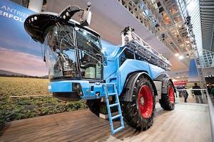 Lemken stopt met de productie van veldspuiten, ondanks dat de fabrikant op de Agritechnica in 2019 nog nieuwe modellen introduceerde.  - Foto: Mark Pasveer