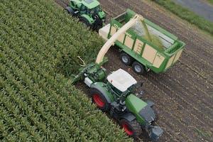 Verschillende maisbekken tot tien rijen passen op het 'pre-prototype'. - Foto: Krone