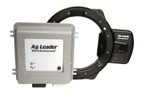 De SteadySteer-stuurmotor kan worden gebruikt in trekkers waarbij geen hydraulische besturing aanwezig is. Is de trekker al wel voorbereid op gps-besturing, dan kan de Z2-controller de hydraulische besturing bedienen.