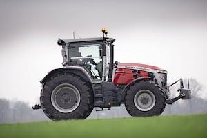 Massy Ferguson wint de overal award voor Tractor of the Year 2021 met haar nieuwe 8S-serie. Een trekker die wint vanwege haar nieuwe design, zeer bijzondere en ruime cabine.