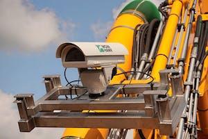 De MowHawk-camera wordt op een maaier of klepelbak gemonteerd en herkent hier ongewenste planten of zwerfafval. Foto's: MowHawk